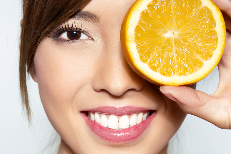 FEED YOUR SKIN ON VITAMIN C